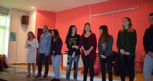 ΣΥΝΕΝΤΕΥΞΗ LABEL NEWS Βένια Μπρατσιάκου: H νεαρή μαθήτρια από την Χαλκίδα που «ανεβάζει» θεατρικό έργο με θέμα το bullying