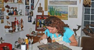 Παρουσίαση Κατερίνα Αρμενοπούλου: H Σύγχρονη Αγιογράφος από την Χαλκίδα που κρατάει ζωντανή την ελληνική Παράδοση και Θρησκεία επάνω σε καμβά…