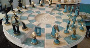 ΘΕΜΑ LABEL NEWS: Γνωρίστε τον μοναδικό Έλληνα καλλιτέχνη που κατασκευάζει το Ζατρίκιον, το σκάκι των αρχαίων Ελλήνων!