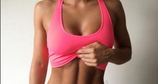 Η νέα τάση του «Αb Crack» που κάνει τις νεαρές γυναίκες να λιμοκτονούν – Επικίνδυνος ανταγωνισμός για την «πιο επίπεδη κοιλιά» που προκαλεί σοβαρά προβλήματα στην υγεία!