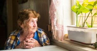 Η περιθωριοποίηση της Τρίτης Ηλικίας και η ανάγκη των ηλικιωμένων για μια όμορφη κουβέντα και ζεστή αγκαλιά – Μην τους αφήνεις μόνους, σε περιμένουν …