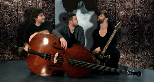 «H Αλήθεια Μου κάνει Κακό» έρχεται η ανατρεπτική μουσική παράσταση στο Γυάλινο Μουσικό Θέατρο