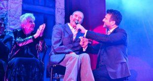 Οι «Γοργόνες και Μάγκες» Νούμερο Ένα παράσταση της χρονιάς με τον Γιάννη Πλούταρχο να δίνει ρεσιτάλ ερμηνείας (ΦΩΤΟ)