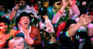 «Ξέμεινες» το Τριήμερο στην Αθήνα; Εε και; Το Label News σας προτείνει τα πιο «ΙΝ» αποκριάτικα πάρτι της πόλης!