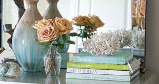 Πώς να αξιοποιήσετε τα παλιά σας άχρηστα βιβλία, διακοσμώντας όμορφα και πρωτότυπα τον χώρο σας