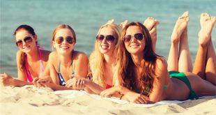 Γιατί οι γυναίκες το καλοκαίρι είναι πιο «ανοιχτές» στο φλερτ και στο ευκαιριακό σεξ, τι συμβαίνει στην ψυχολογία τους και πώς εξηγείται;