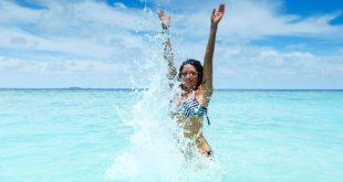 Οι απίστευτες ευεργετικές ιδιότητες του θαλασσινού νερού στην υγεία μας και στην ψυχολογία μας – Να γιατί οι άνθρωποι που κάνουν μπάνια στην θάλασσα είναι πιο υγιείς και ευτυχισμένοι