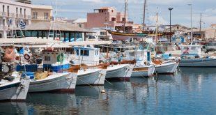 Καλαμάτα: Η πόλη «έκπληξη» για καλοκαιρινές διακοπές που δεν έχεις καν φανταστεί!