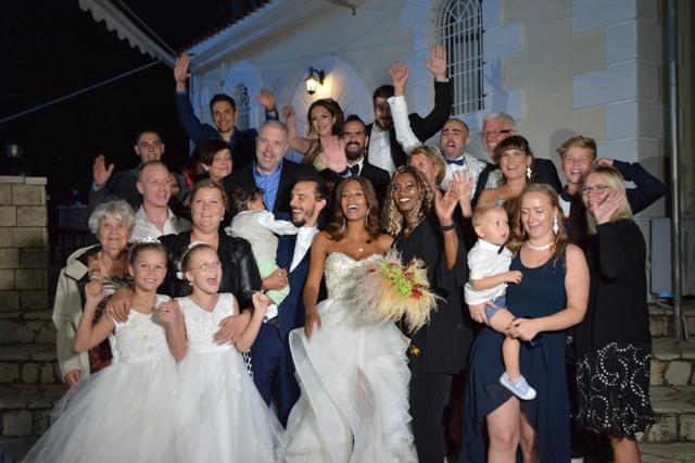 Οι επώνυμες εταιρίες ρούχων και οι λαμπεροί σχεδιαστές που εντυπωσίασαν  στον γάμο της Shaya και την βάφτιση του παιδιού της (PHOTO) 71317f5e34b